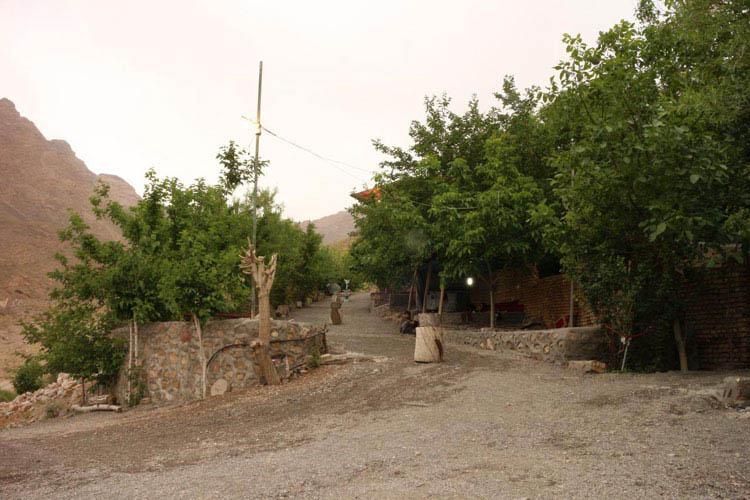 مجتمع تفریحی گردشگری چشمه بوز