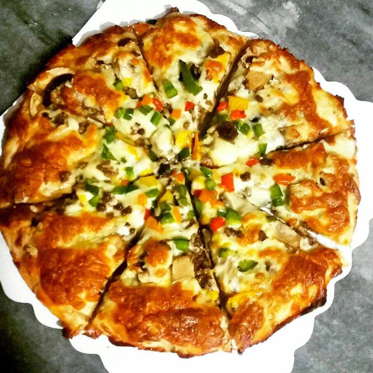 پیتزا لبخند یزد