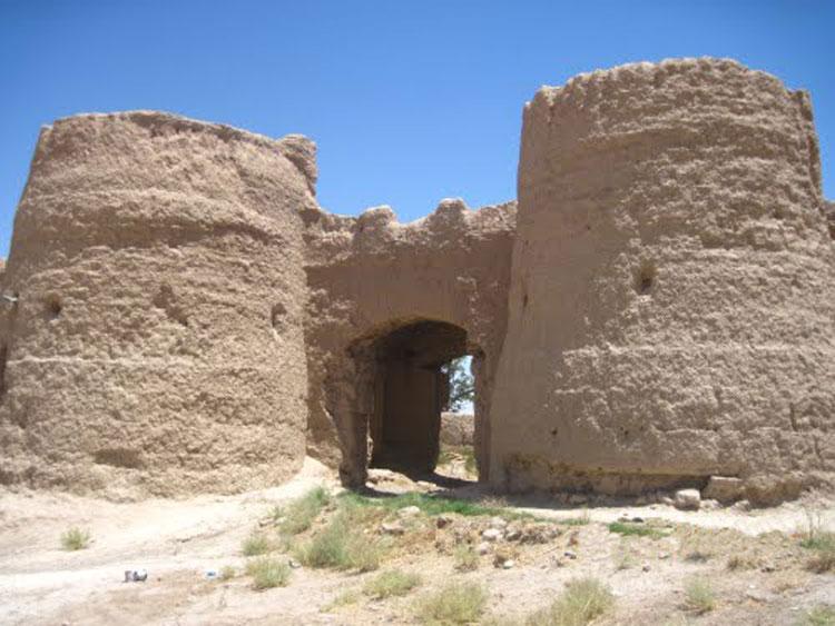 قلعه حسین آباد هرابرجان