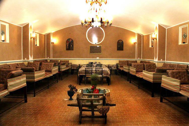 رستوران سنتی شاطر عباس یزد