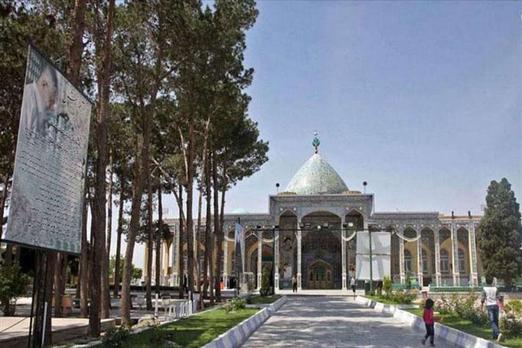 صحن امامزاده سید جعفر یزد