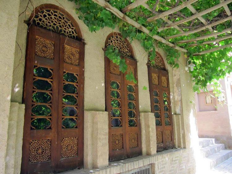 خانه لاری ها یزد