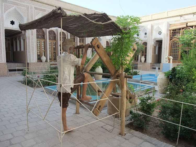 خانه کلاهدوزها ( موزه آب یزد )