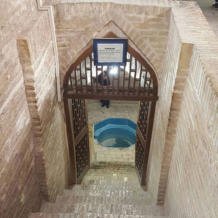 ورودی موزه آب یزد (خانه کلاهدوزها)