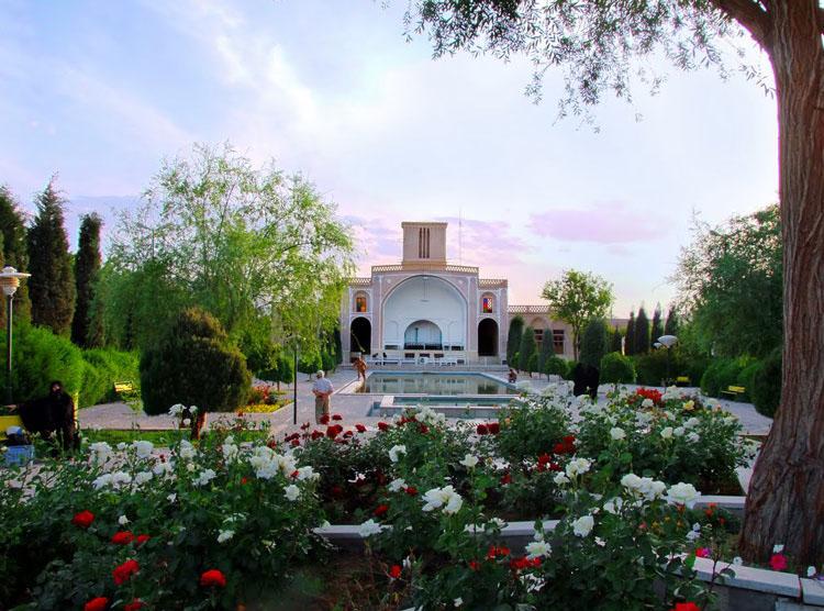 بادگیر بوستان ناجی یزد