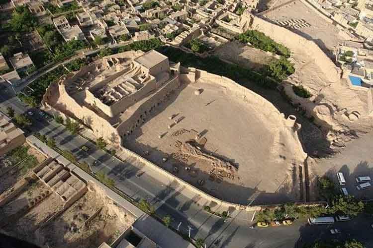 Meybod Narin Castle