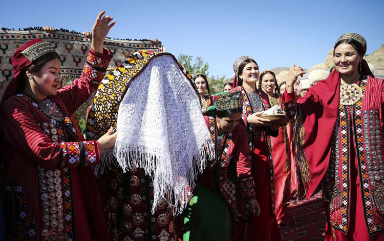 Marriage and Wedding Ceremonies in Iran