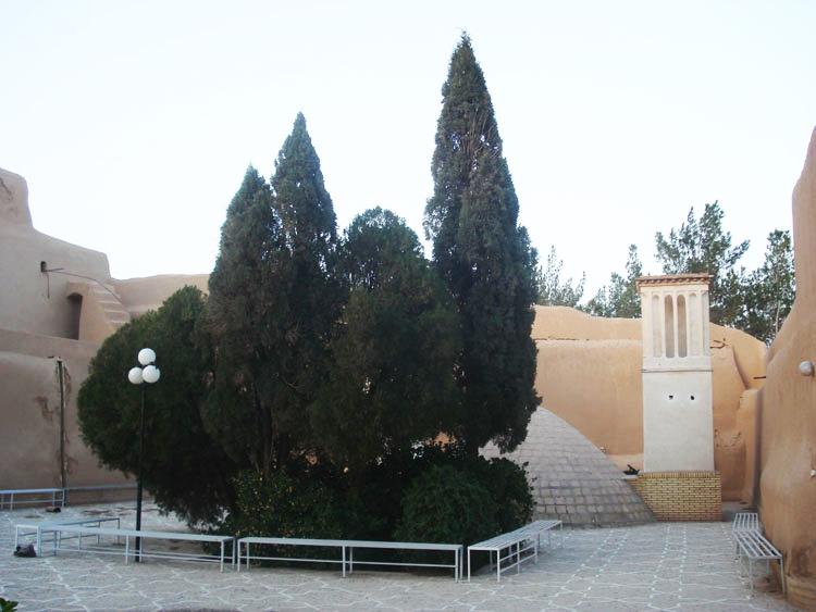 آب انبار قلعه اسدان یزد
