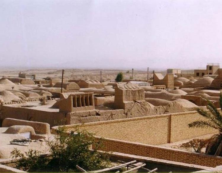 Mazraeh-ye Kalantar Village of Meybod