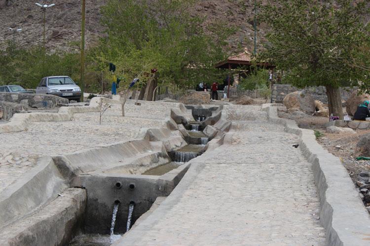 چشمه تامهر