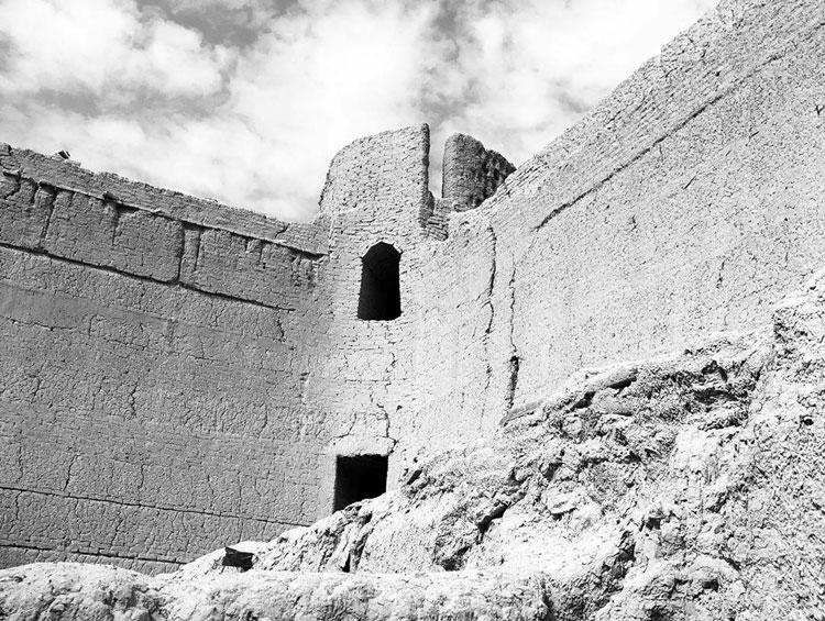 برج خشتی قلعه دهوک