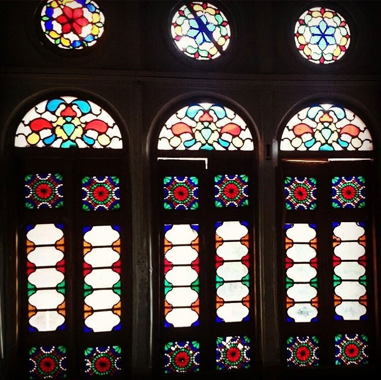 اتاق ارسی خانه لاری ها یزد