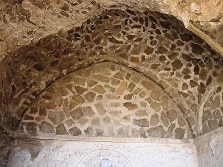 خانه سنگی بهاباد (منزل آل طاها بهاباد)