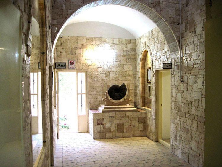 ورودی موزه کامبرین یزد