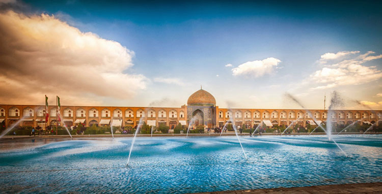 15 Best Places to Visit and Things to Do in Isfahan