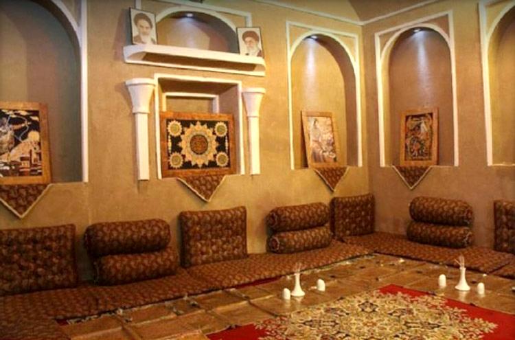 رستوران وحشی بافقی یزد