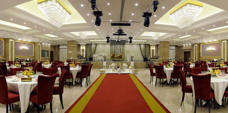 رستوران و تالار عروسی سیب و نار