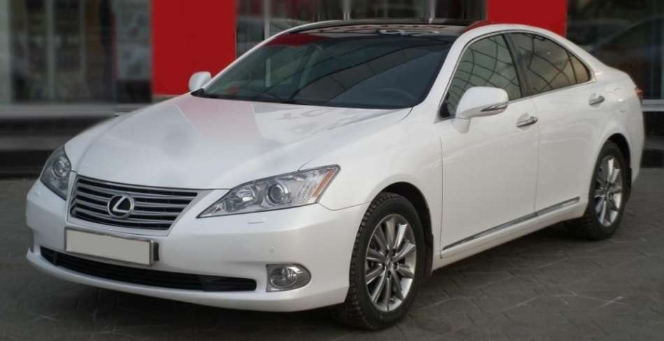 Luxury Cars (Lexus ES350)