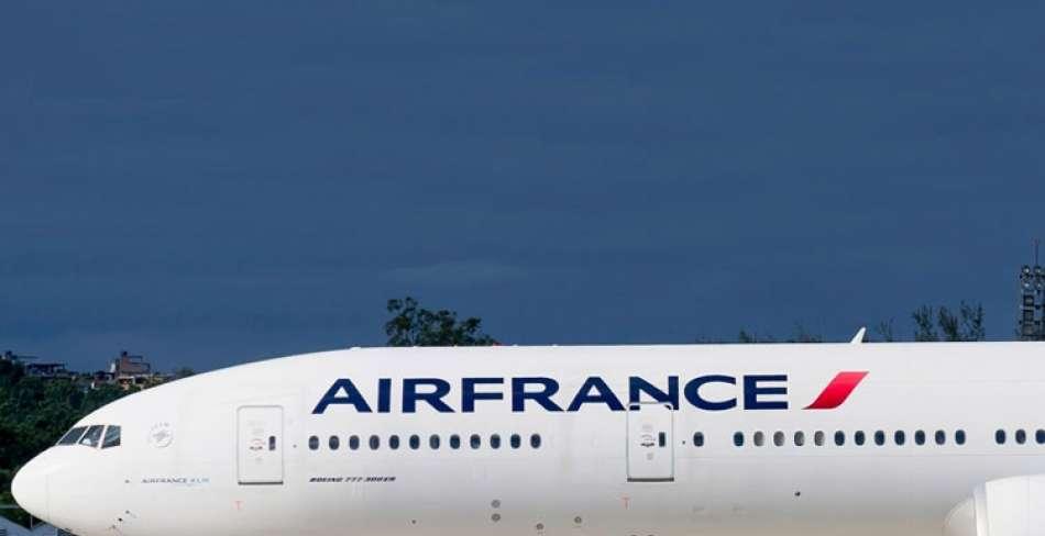 همه روزه شدن پروازهای تهران پاریس و بالعکس