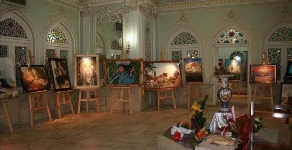 آثار هنرجویان مارال در موزه قصرآینه و روشنایی یزد