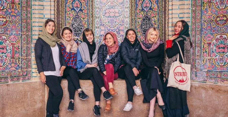 راهنمای زنان برای سفر به ایران