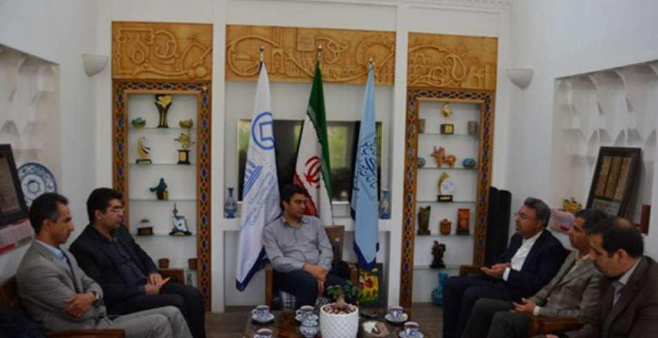 اجرای طرح وکیل توریست در یزد