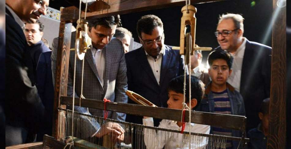 اولین جشنواره ملی پارچه فجر در یزد