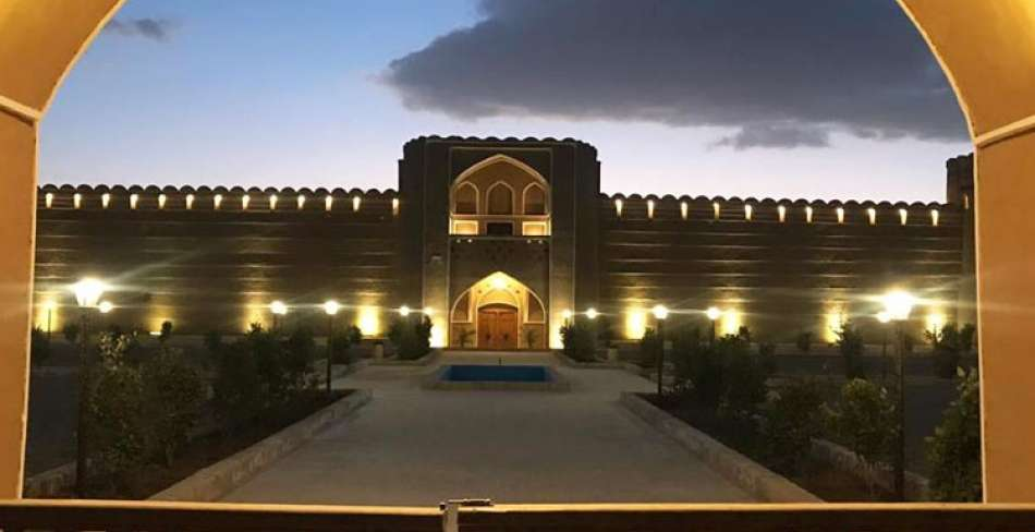 ثبت ملی قلعه وزیر میبد
