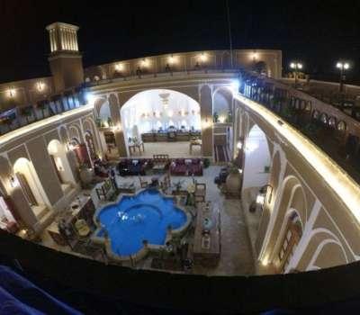 افتتاح اقامتگاه بومگردی شش بادگیری در یزد با حضور معاون میراث فرهنگی کشور