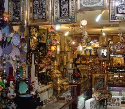 عرضه صنایع دستی یزد در بازارچه نوروزی