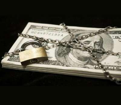 کنسولگری ایران در عراق ، دینار را جایگزین دلار کرد
