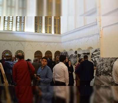 نمایشگاه عکاس فرانسوی در خانه آقازاده ابرکوه