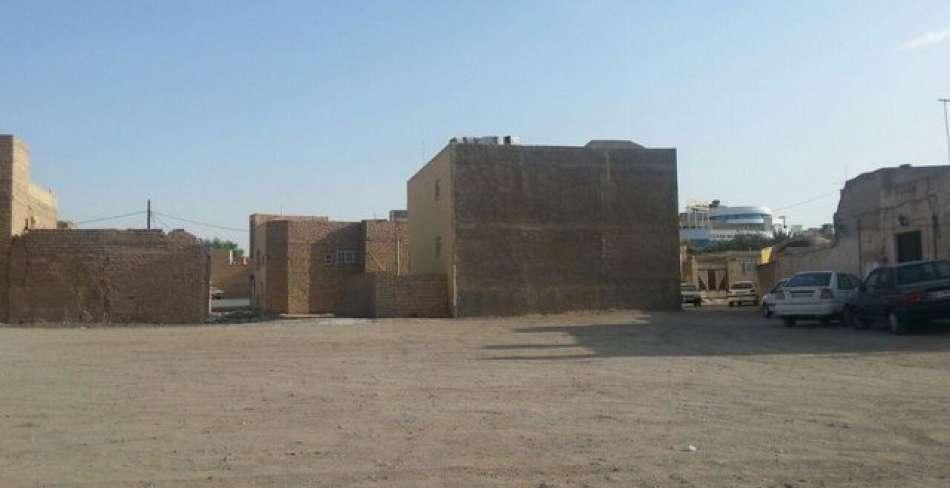 پارکینگ میدان شهید بهشتی یزد