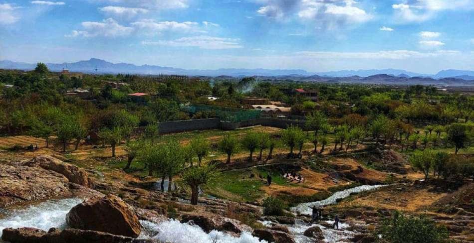 چشمه و آبشار غربالبیز مهریز