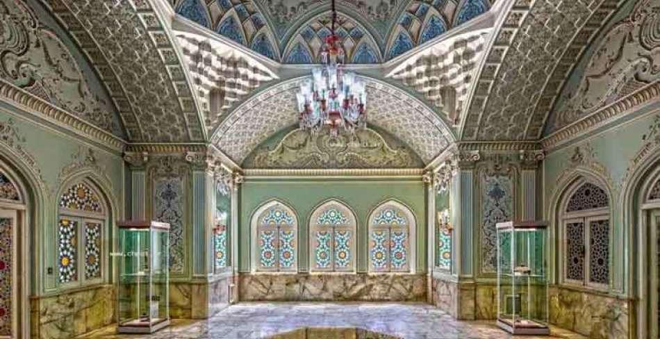 موزه آیینه و روشنایی یزد ( قصر آینه )