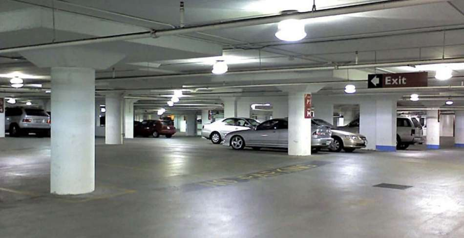 پارکینگ مسجد حظیره یزد