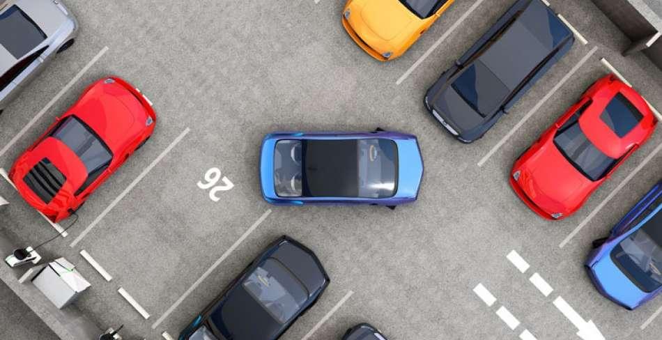 پارکینگ جنب درمانگاه هراتی یزد