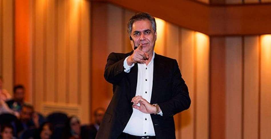 همایش موفقیت و کامیابی دکتر احمد حلت