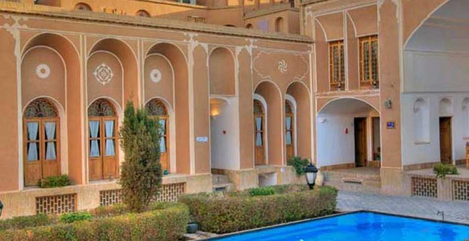 Golshan House of Yazd ( Laleh Hotel )