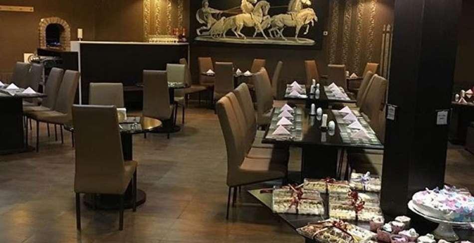 کافه رستوران لیوسا یزد