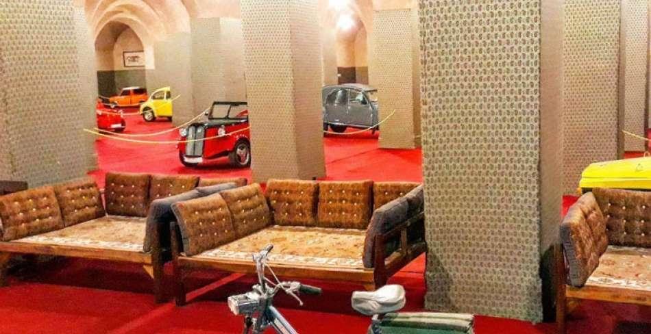 نمایشگاه خودروهای دست ساز و کلاسیک در یزد