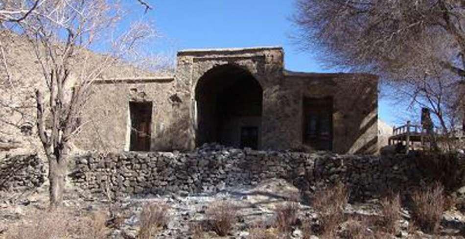 خانه سنگی بهاباد ( منزل آل طاها بهاباد )