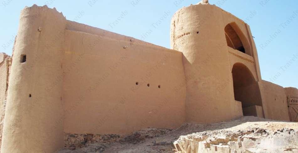 قلعه خورمیز مهریز