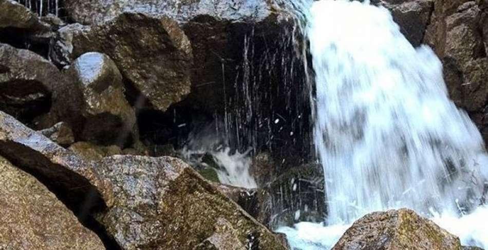 آبشار دامگاهان مهریز