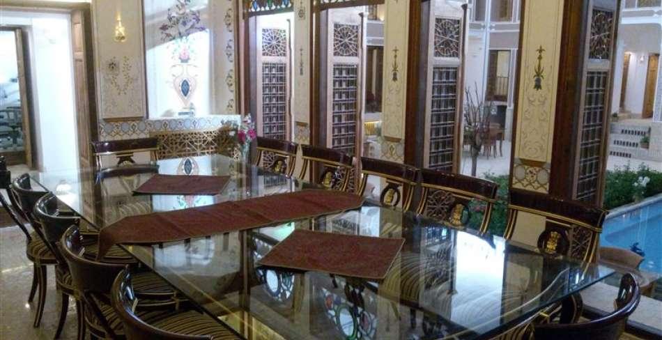 Khane Pedari Mansion (Abolghasem Rooheni 's House)