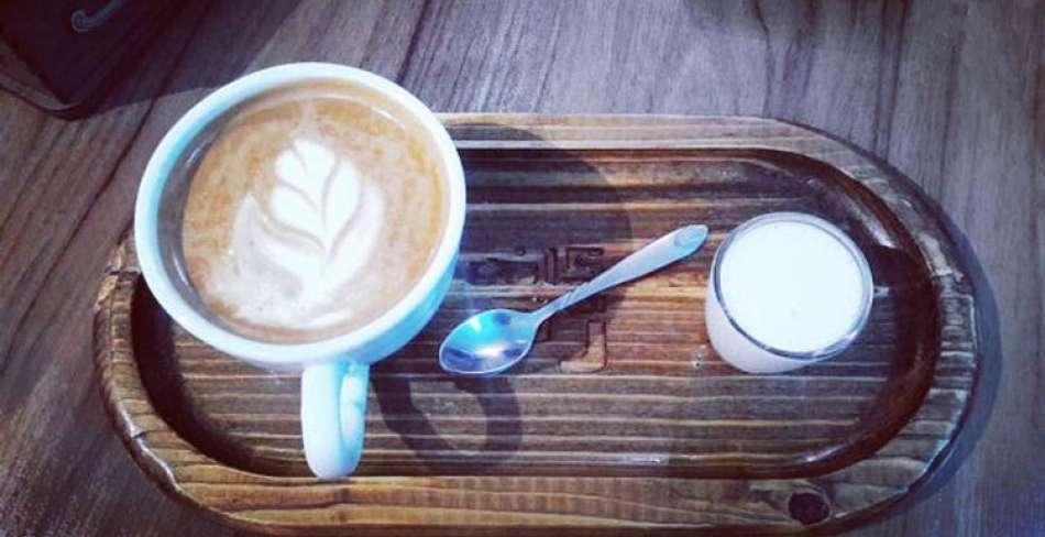 کافه قهوه رم یزد