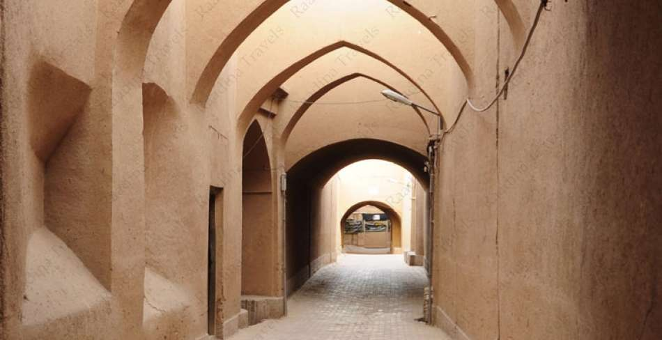 Yazd Walking Tour (Half Day)