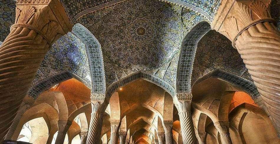 Iran Golden Triangle Tour in 9 days